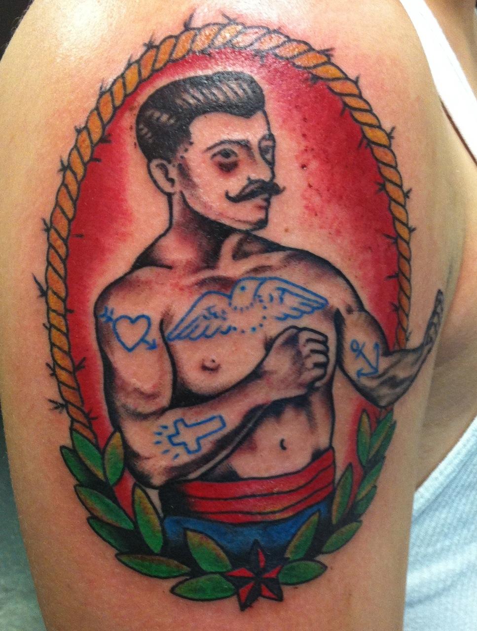 У боксёров тату на спине фото
